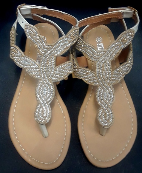 Shoes - I'M TAKING OFFERS!!!! Sandals